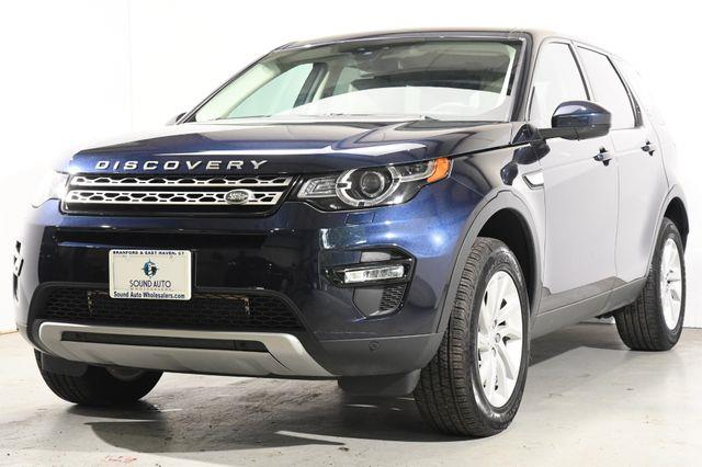 The 2016 Land Rover Discovery Sport HSE photos