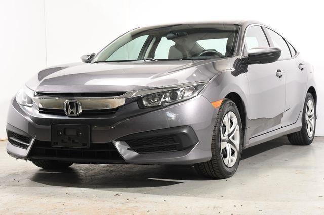 The 2016 Honda Civic LX photos