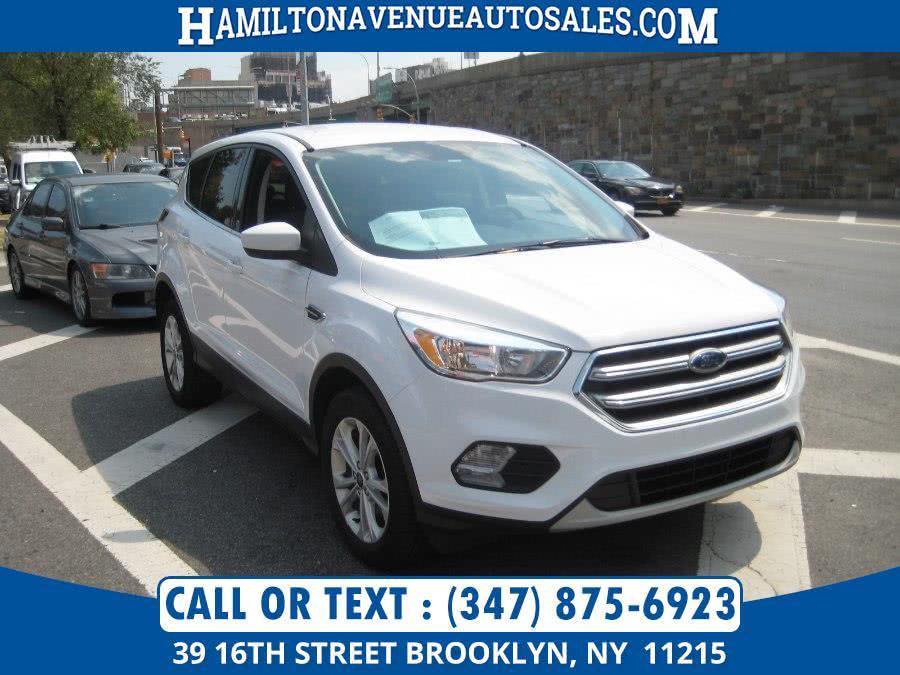Used Ford Escape SE 4WD 2017 | Hamilton Avenue Auto Sales DBA Nyautoauction.com. Brooklyn, New York