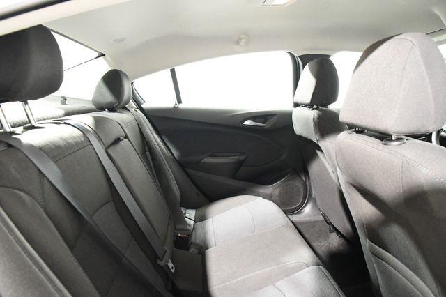 2018 Chevrolet Cruze LT photo