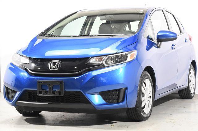 The 2016 Honda Fit LX photos