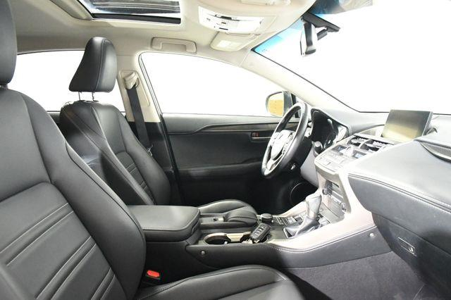 2016 Lexus NX 200t SUV photo