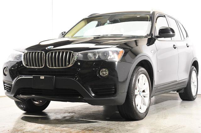 2016 BMW X3 xDrive28i Nav /Sunroof /Heated Seats photo