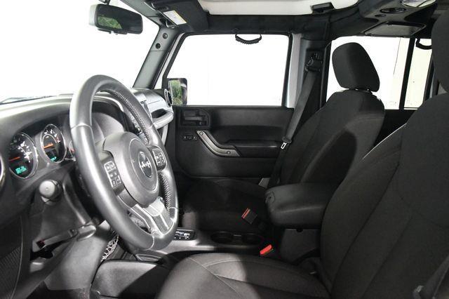 2015 Jeep Wrangler Unlimited Sport photo