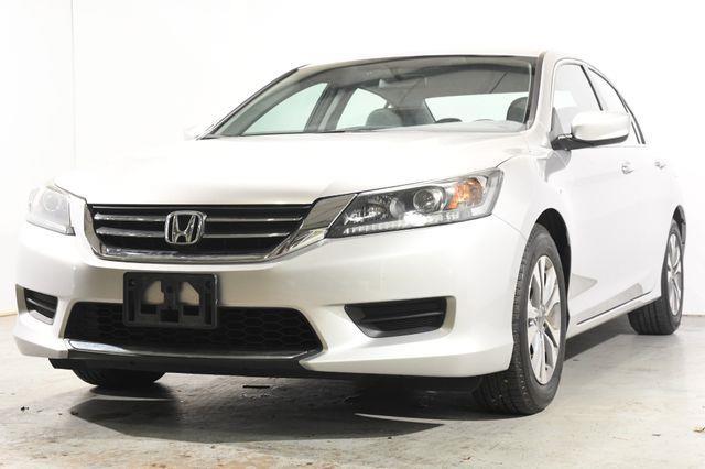 The 2015 Honda Accord LX photos