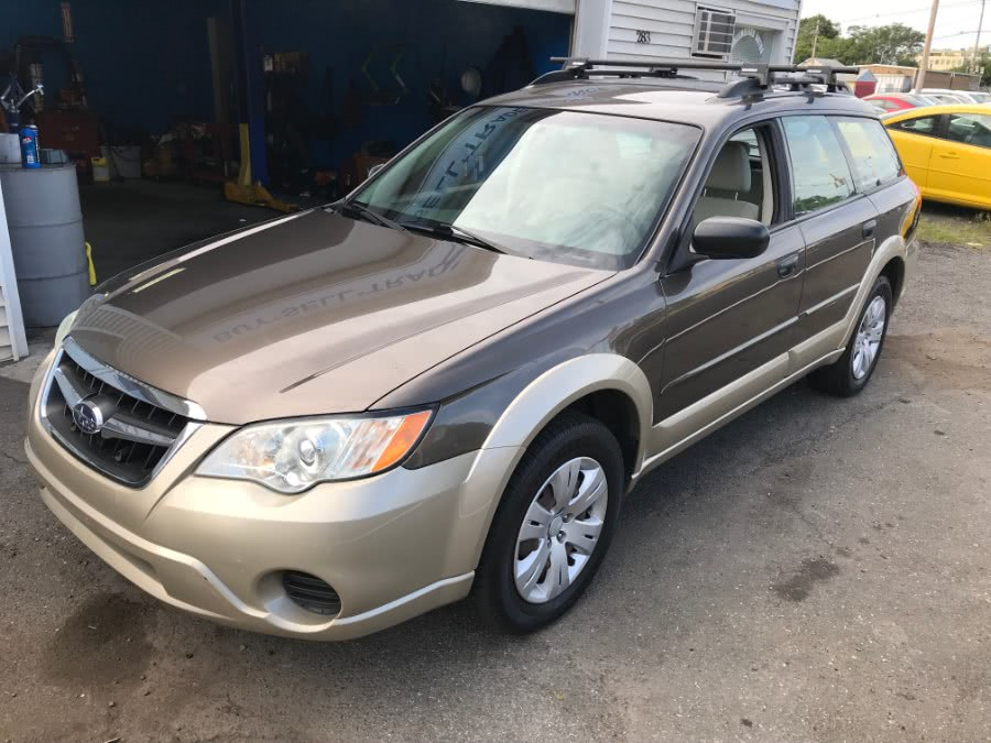 Used Subaru Outback 4dr H4 Auto 2008 | Wallingford Auto Center LLC. Wallingford, Connecticut