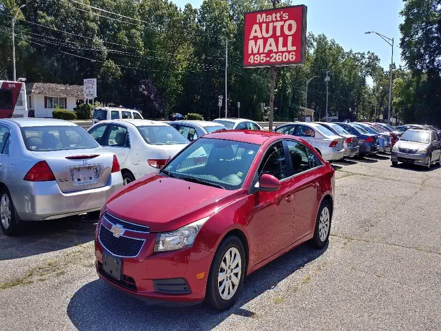 Used Chevrolet Cruze 4dr Sdn LT w/1LT 2011 | Matts Auto Mall LLC. Chicopee, Massachusetts