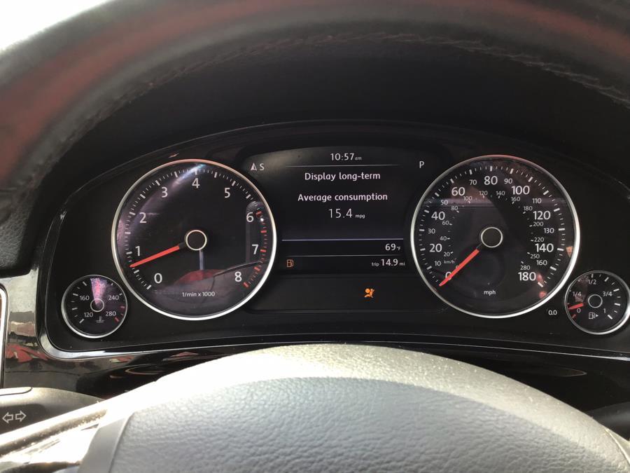 Used Volkswagen Touareg 4dr VR6 Sport 2013 | Capital Motor Group Inc. Medford, New York
