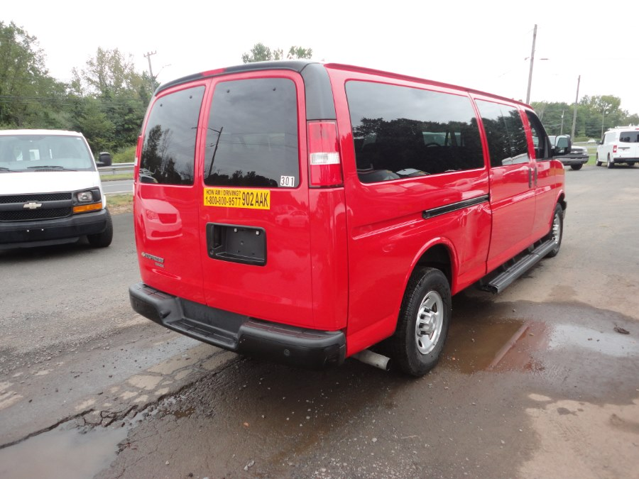 "Used Chevrolet Express Passenger RWD 3500 155"" LS w/1LS 2015 | International Motorcars llc. Berlin, Connecticut"