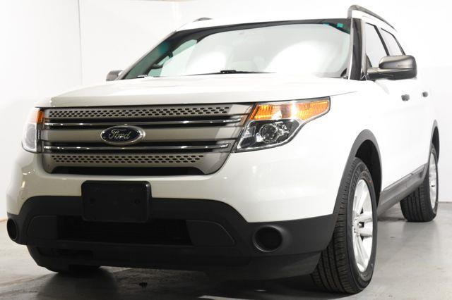 The 2015 Ford Explorer X photos
