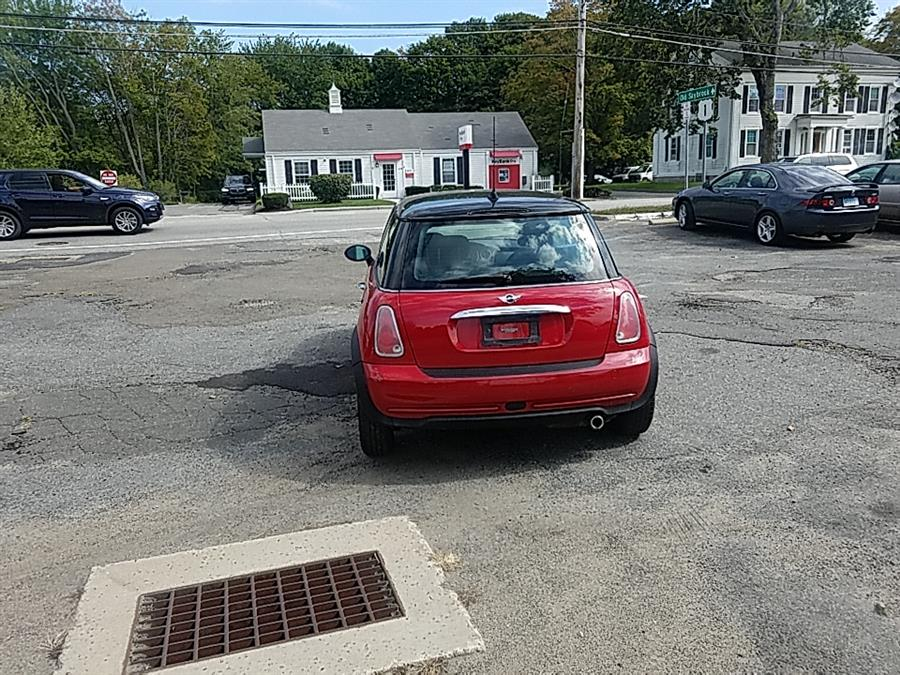 Used MINI Cooper Hardtop 2dr Cpe 2005 | Westbrook Auto Sales and Service LLC. Westbrook, Connecticut
