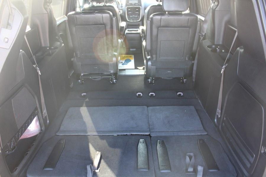 Used Dodge Grand Caravan GT Wagon Fleet 2017 | Car Tec Enterprise Leasing & Sales LLC. Deer Park, New York