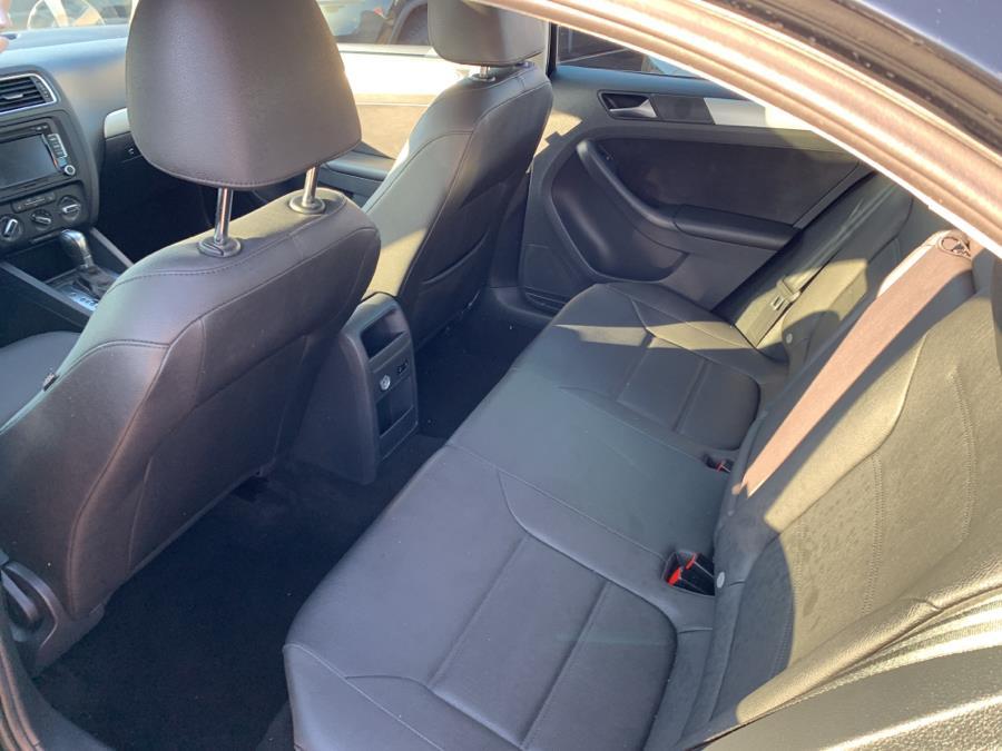 Used Volkswagen Jetta Sedan 4dr DSG TDI 2012 | Auto Store. West Hartford, Connecticut