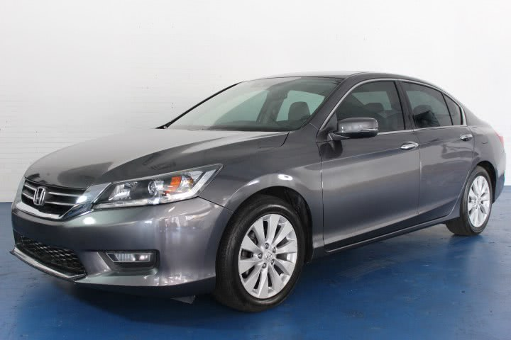 Used 2009 Honda Accord in Newark , New Jersey | Icon World LLC. Newark , New Jersey