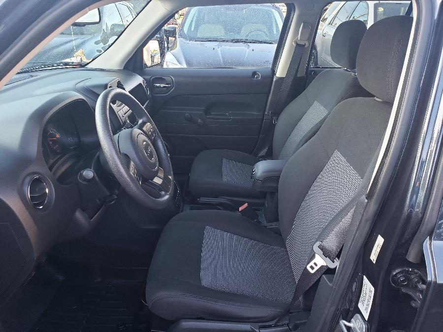 Used Jeep Patriot FWD 4dr Altitude 2014   Victoria Preowned Autos Inc. Little Ferry, New Jersey