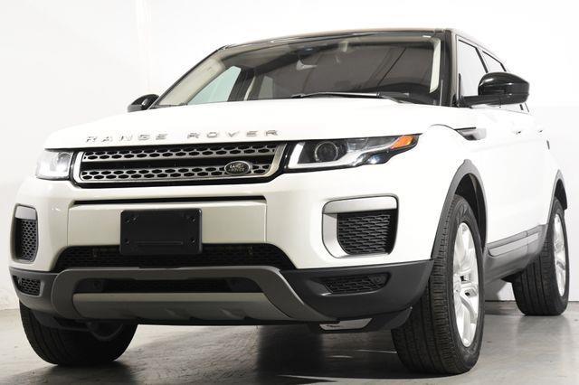 The 2016 Land Rover Range Rover Evoque SE Premium photos