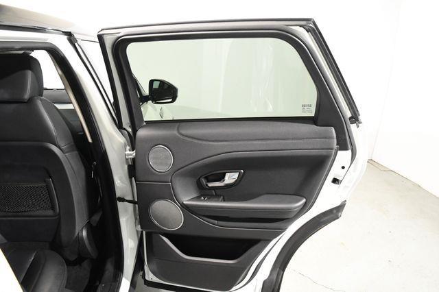 2016 Land Rover Range Rover Evoque SE Premium photo