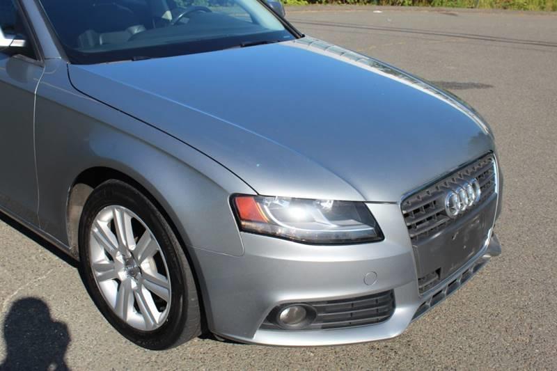Used Audi A4 2.0T quattro Premium AWD 4dr Sedan 6M 2011 | Sphinx Motorcars. Waterbury, Connecticut