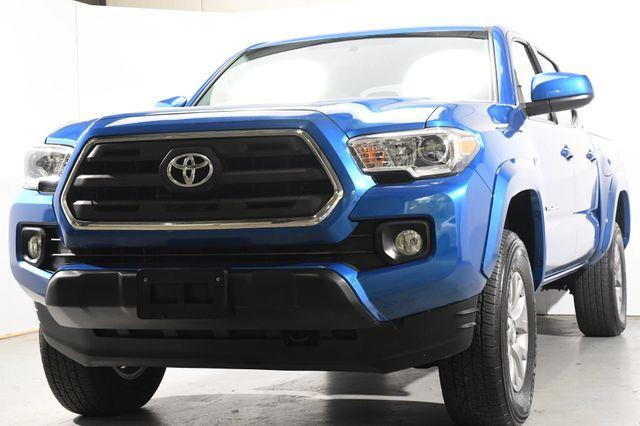 2017 Toyota Tacoma TRD Sport photo