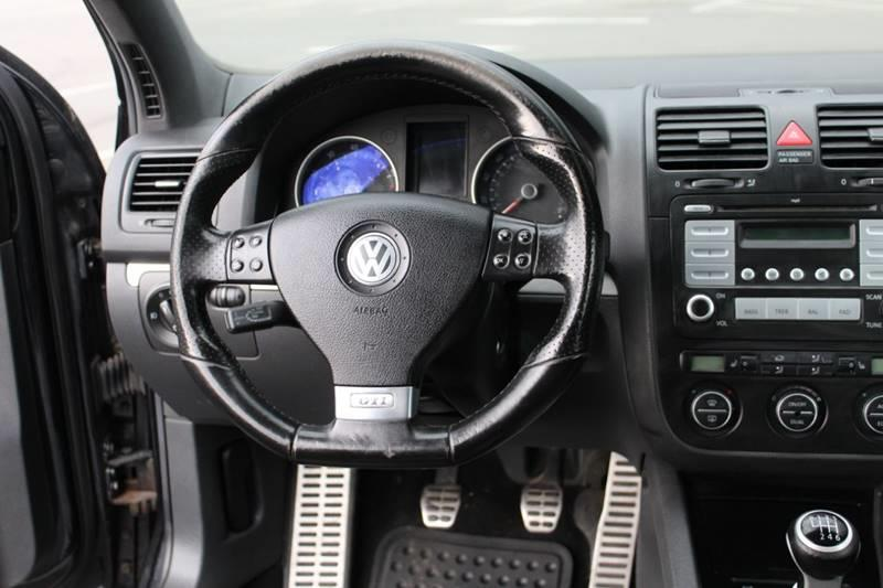 Used Volkswagen Gti Base 2dr Hatchback (2L I4 6M) 2007 | Sphinx Motorcars. Waterbury, Connecticut