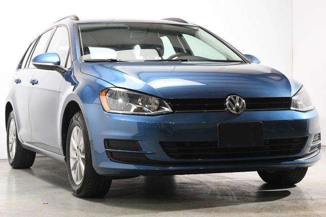 2015 Volkswagen Golf SportWagen TSI SE photo