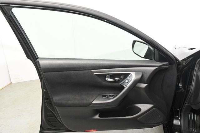 2014 Nissan Altima 2.5 photo