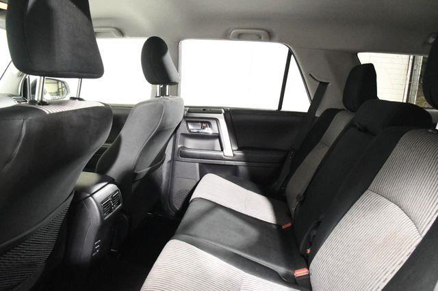 2015 Toyota 4Runner SUV photo