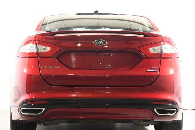 2016 Ford Fusion SE photo