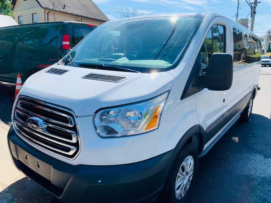 Used 2017 Ford Transit Wagon in Port Chester, New York | JC Lopez Auto Sales Corp. Port Chester, New York