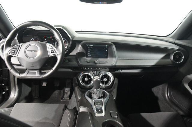2016 Chevrolet Camaro 1LT photo