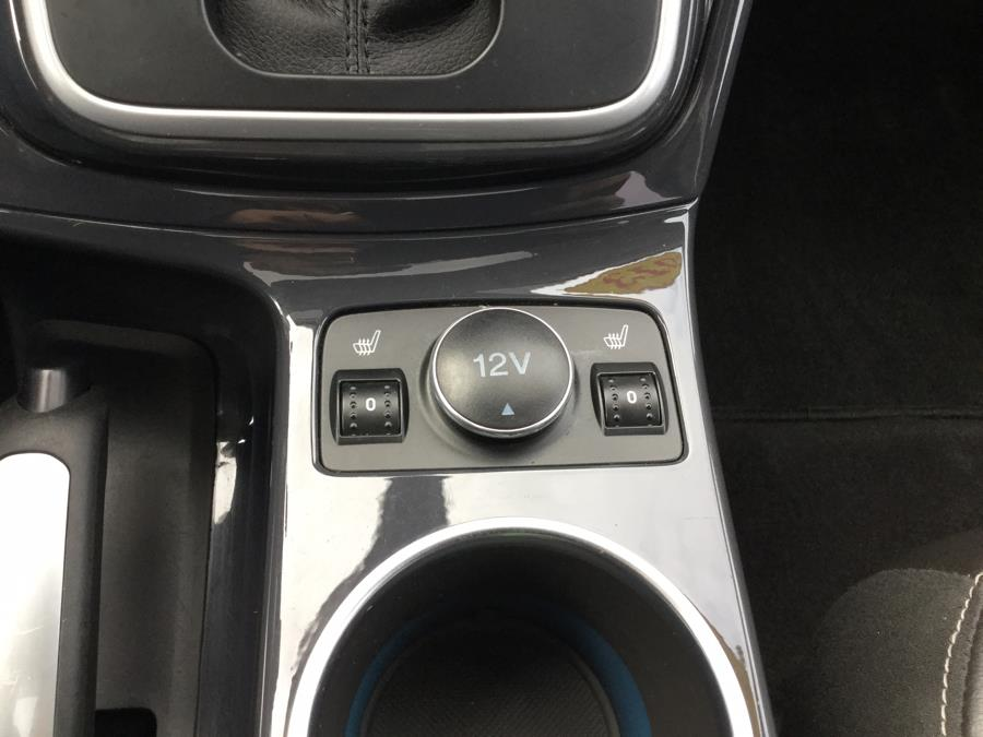 Used Ford Escape 4WD 4dr Titanium 2013 | L&S Automotive LLC. Plantsville, Connecticut