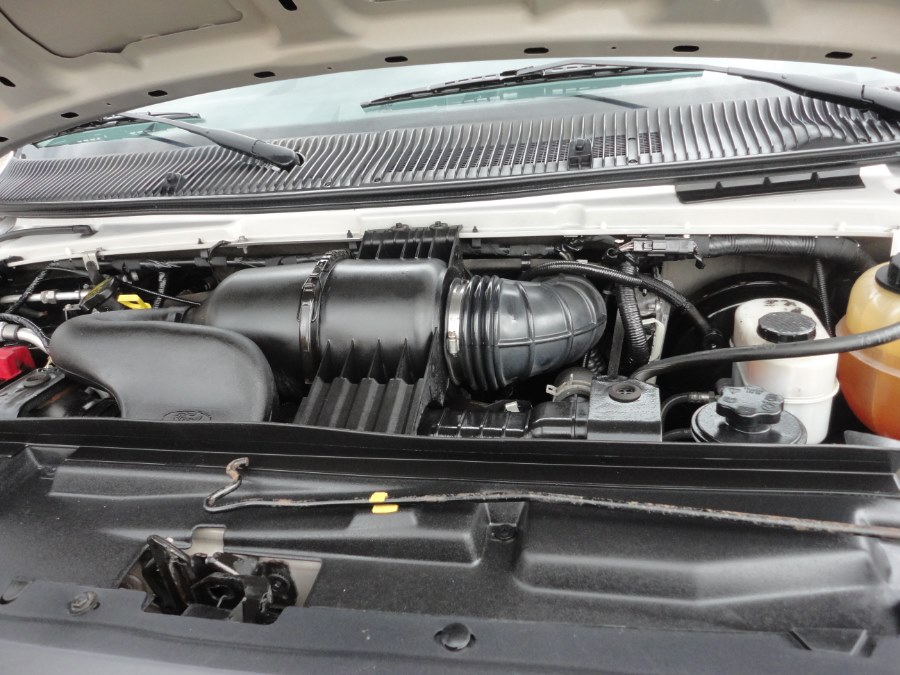 Used Ford Econoline Wagon xlt 2013   International Motorcars llc. Berlin, Connecticut