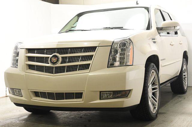 2014 Cadillac Escalade Premium photo