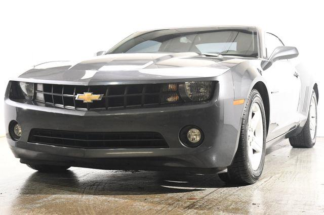 The 2011 Chevrolet Camaro LT photos