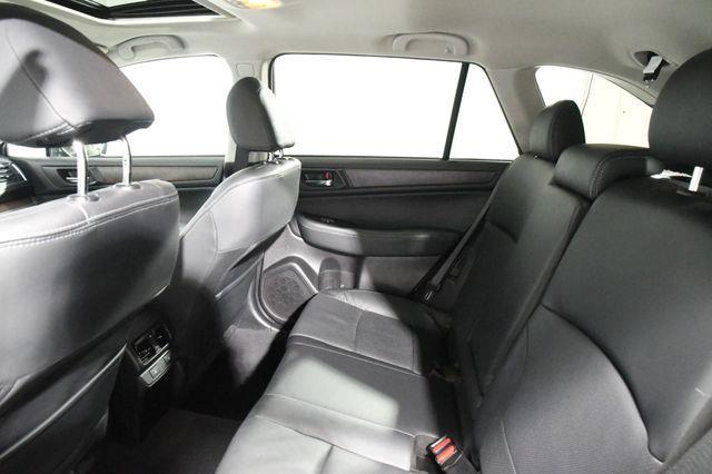 2017 Subaru Outback 2.5i Limited photo