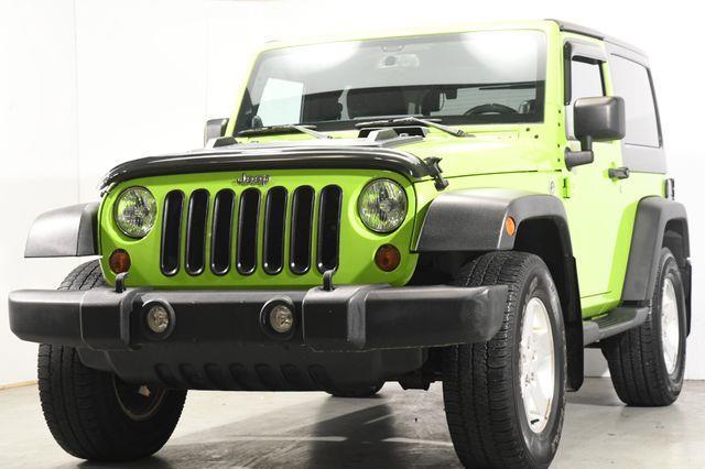 The 2013 Jeep Wrangler Sport photos