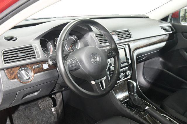 2015 Volkswagen Passat 2.0L TDI SEL Premium photo