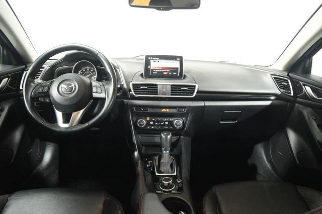 2016 Mazda Mazda3 i Grand Touring photo