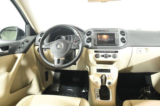 2017 Volkswagen Tiguan S photo