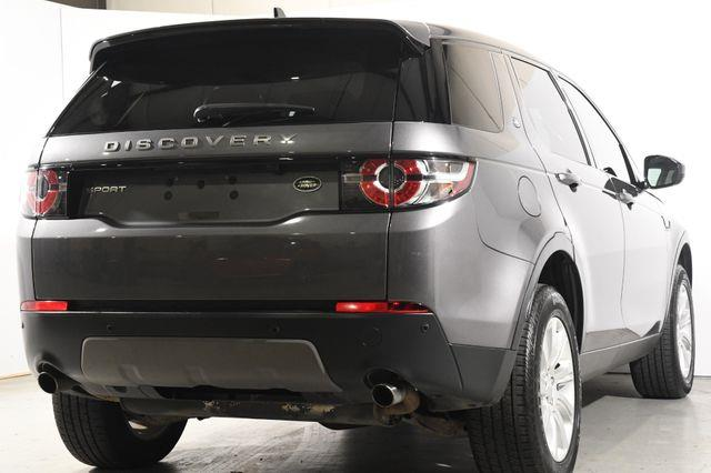 2016 Land Rover Discovery Sport SE photo