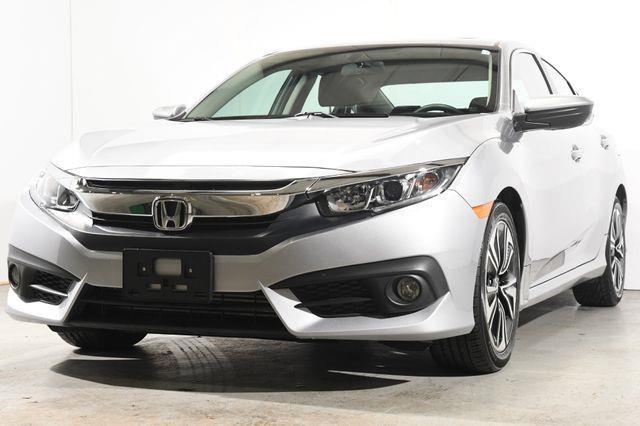 The 2016 Honda Civic EX-T photos