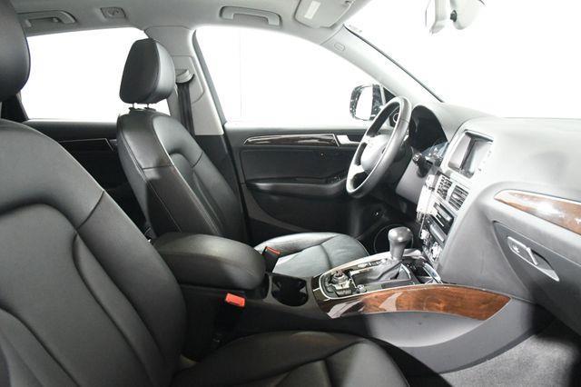 2016 Audi Q5 Premium Plus w/ Nav/ Blind Spo photo
