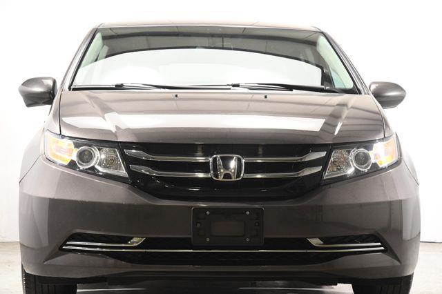2016 Honda Odyssey SE w/ DvD photo