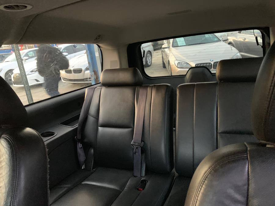 Used Cadillac Escalade ESV AWD 4dr Luxury 2013   Brooklyn Auto Mall LLC. Brooklyn, New York