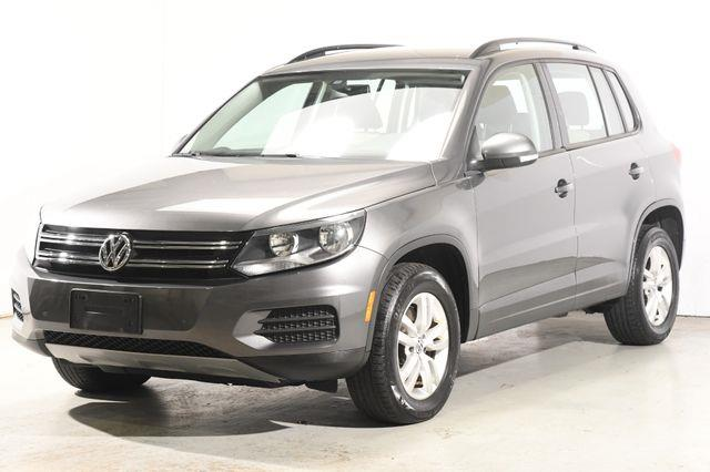 The 2016 Volkswagen Tiguan S w/Leather Heated Seats photos