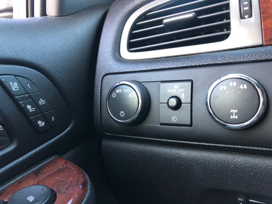 "Used GMC Sierra 2500HD 4WD Crew Cab 153.7"" SLT 2012 | Select Cars Inc. Selden, New York"