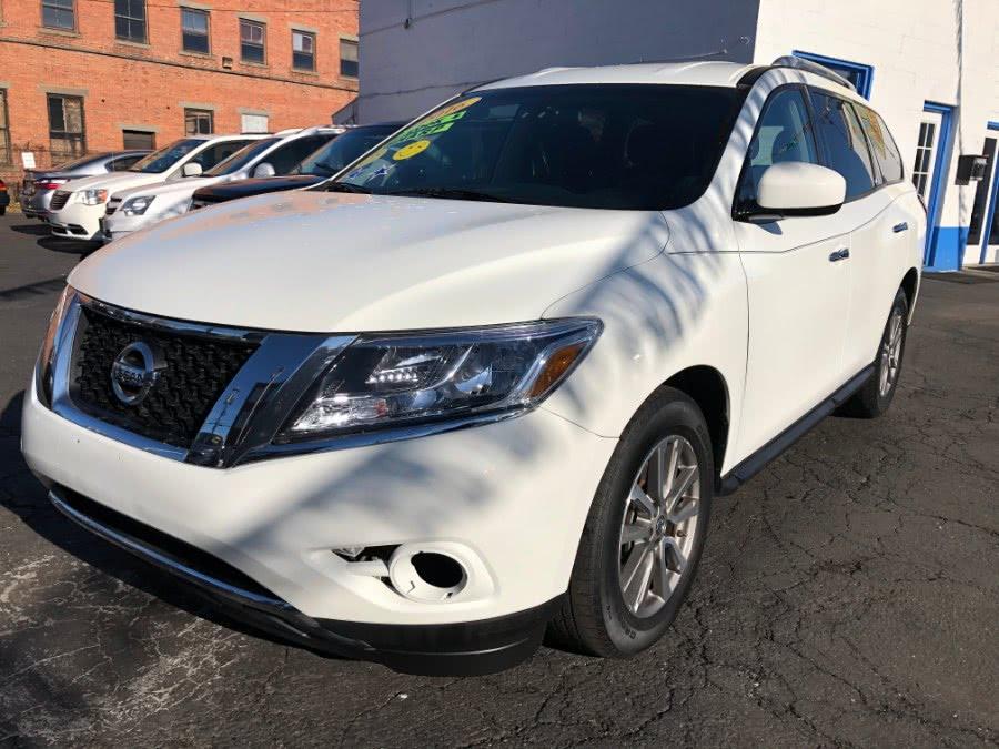 Used Nissan Pathfinder S 2016 | Affordable Motors Inc. Bridgeport, Connecticut