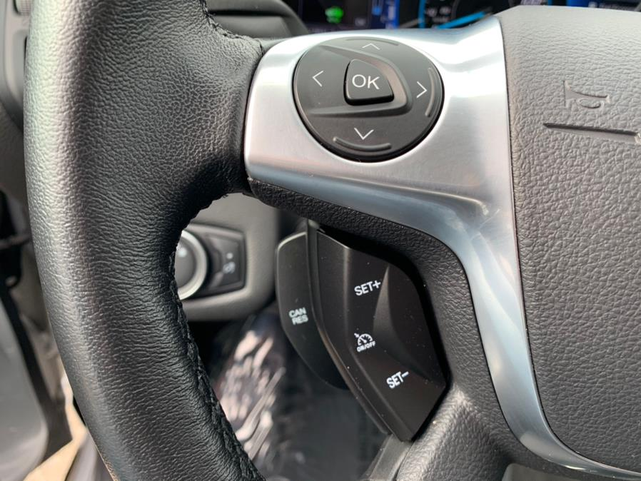 Used Ford C-Max Energi SE 2017 | Green Light Auto Wholesale. Daly City, California