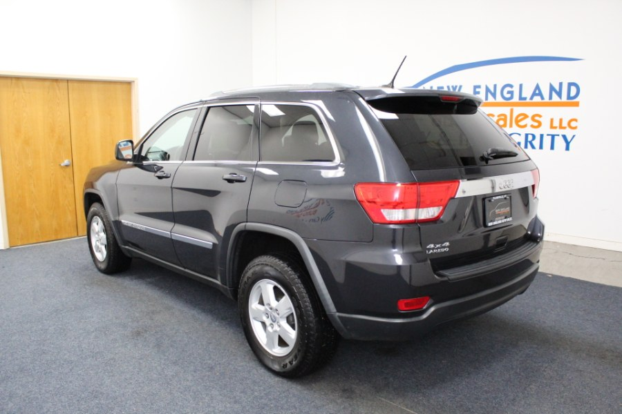 Used Jeep Grand Cherokee 4WD 4dr Laredo 2012 | New England Auto Sales LLC. Plainville, Connecticut