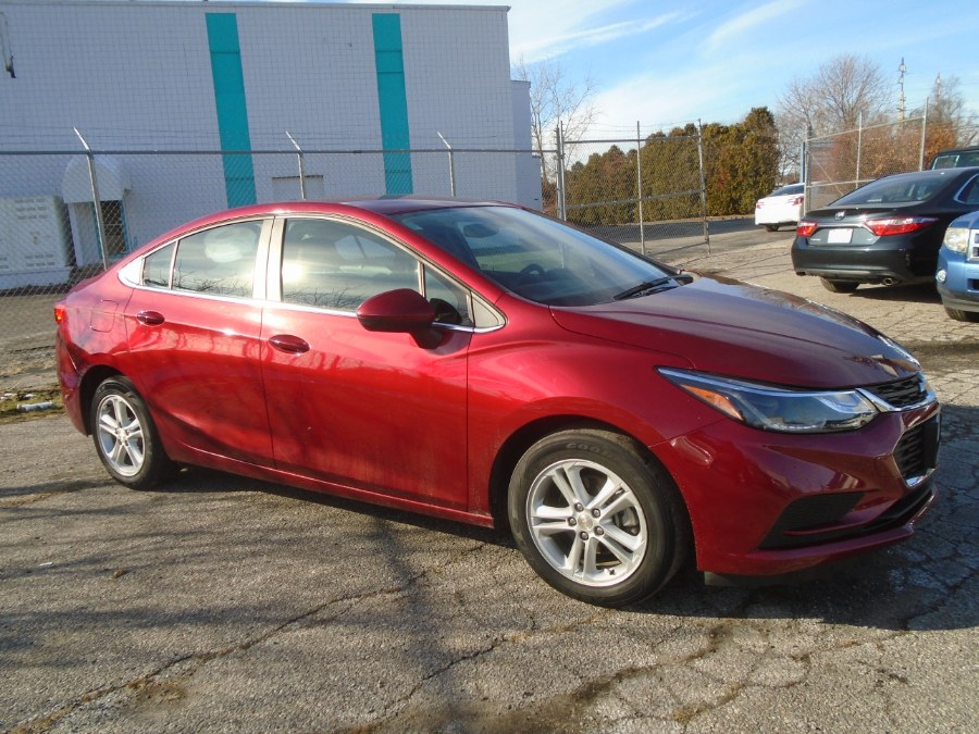 Used Chevrolet Cruze 4dr Sdn Auto LT 2017 | Dealertown Auto Wholesalers. Milford, Connecticut